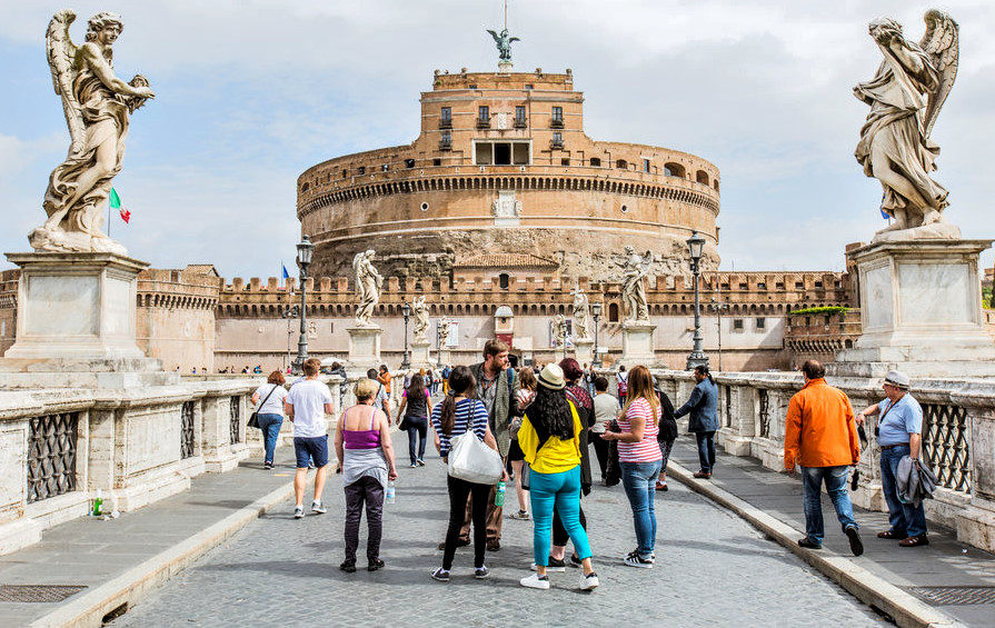 Castel Sant'Angelo and Ponte Sant'Angelo Guided Tour (6).jpg