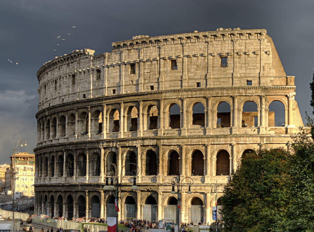 Colosseum Facts -The Rome colosseum.