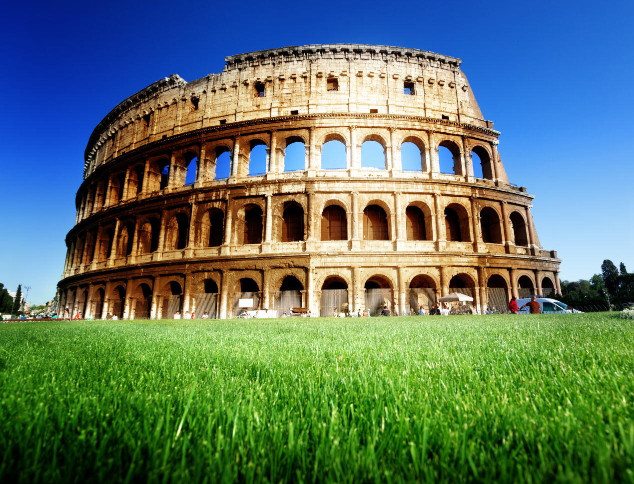Colosseum Opening Hours