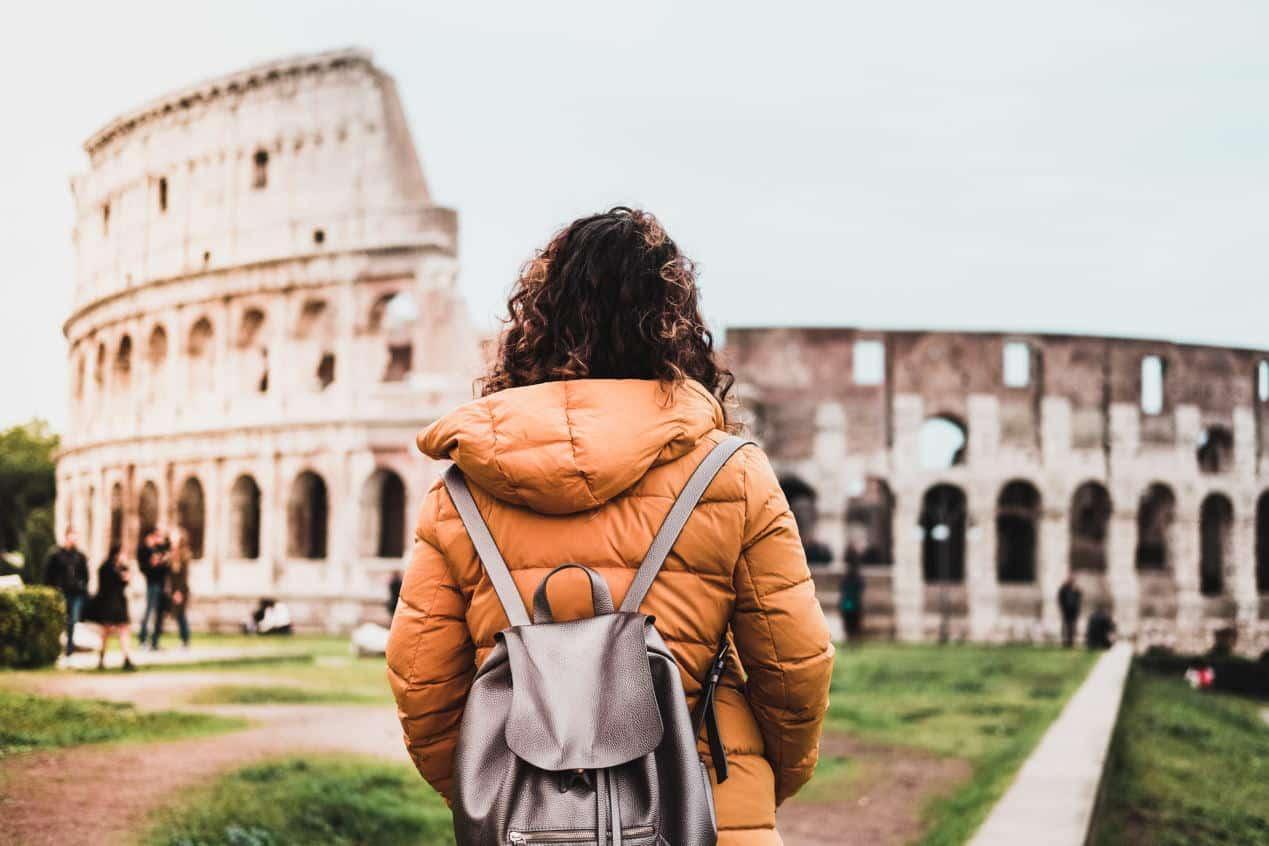 Colosseum in Italian