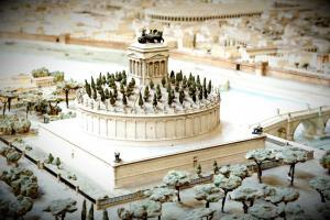 Model of Ancient Rome - Mausoleum of Hadrian_Modified