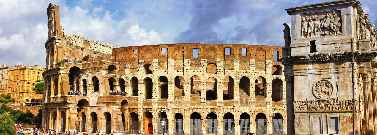 panoramic view with Colosseo