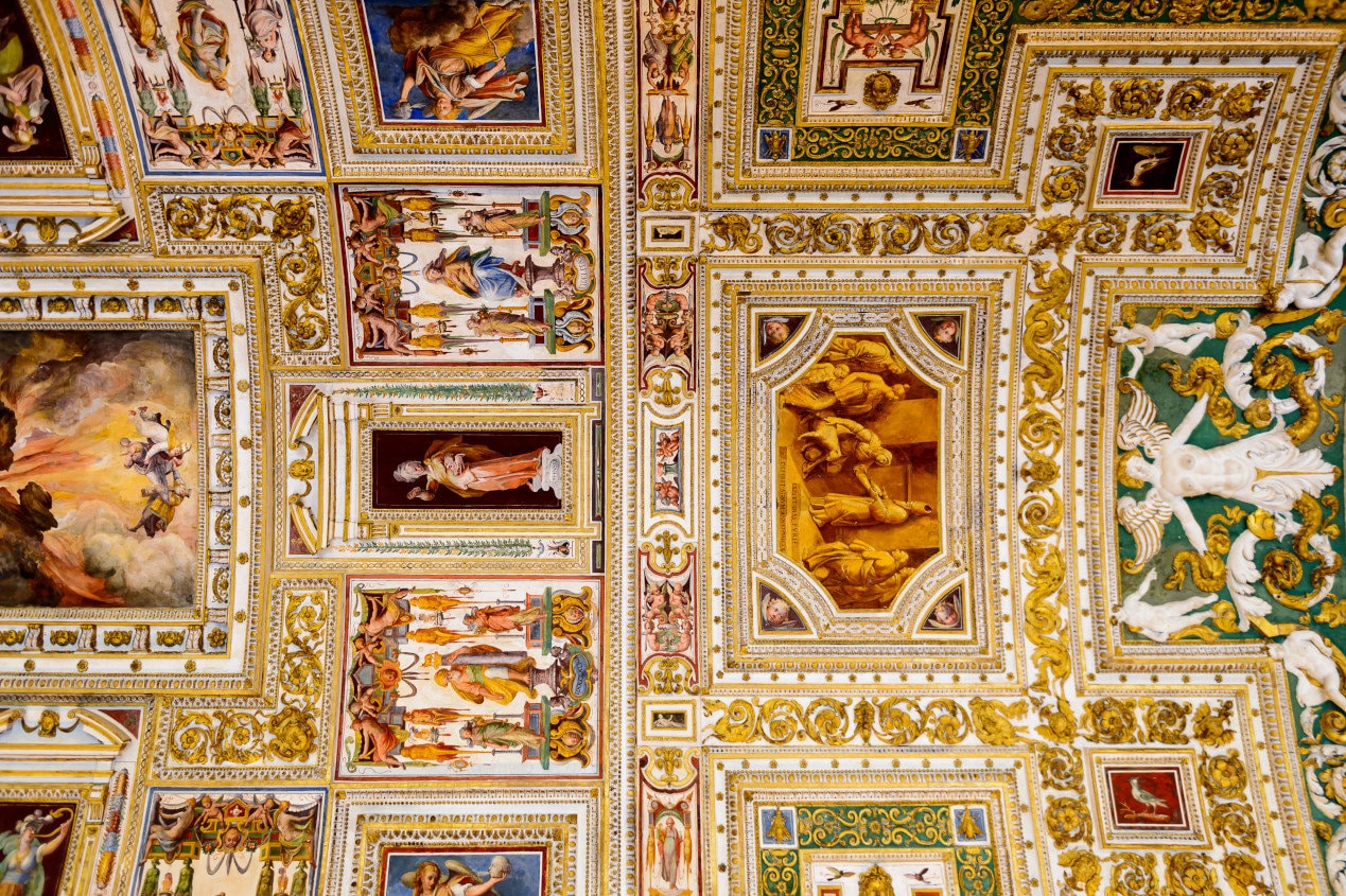 Paintings on the walls and the ceiling in the Gallery of Maps, at the Vatican Museum. It was established in 1506 (2)