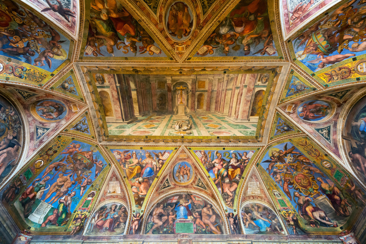 The ceiling in one of the rooms of Raphael (Stanze di Raffaello) in the Vatican Museum, Rome, Italy.