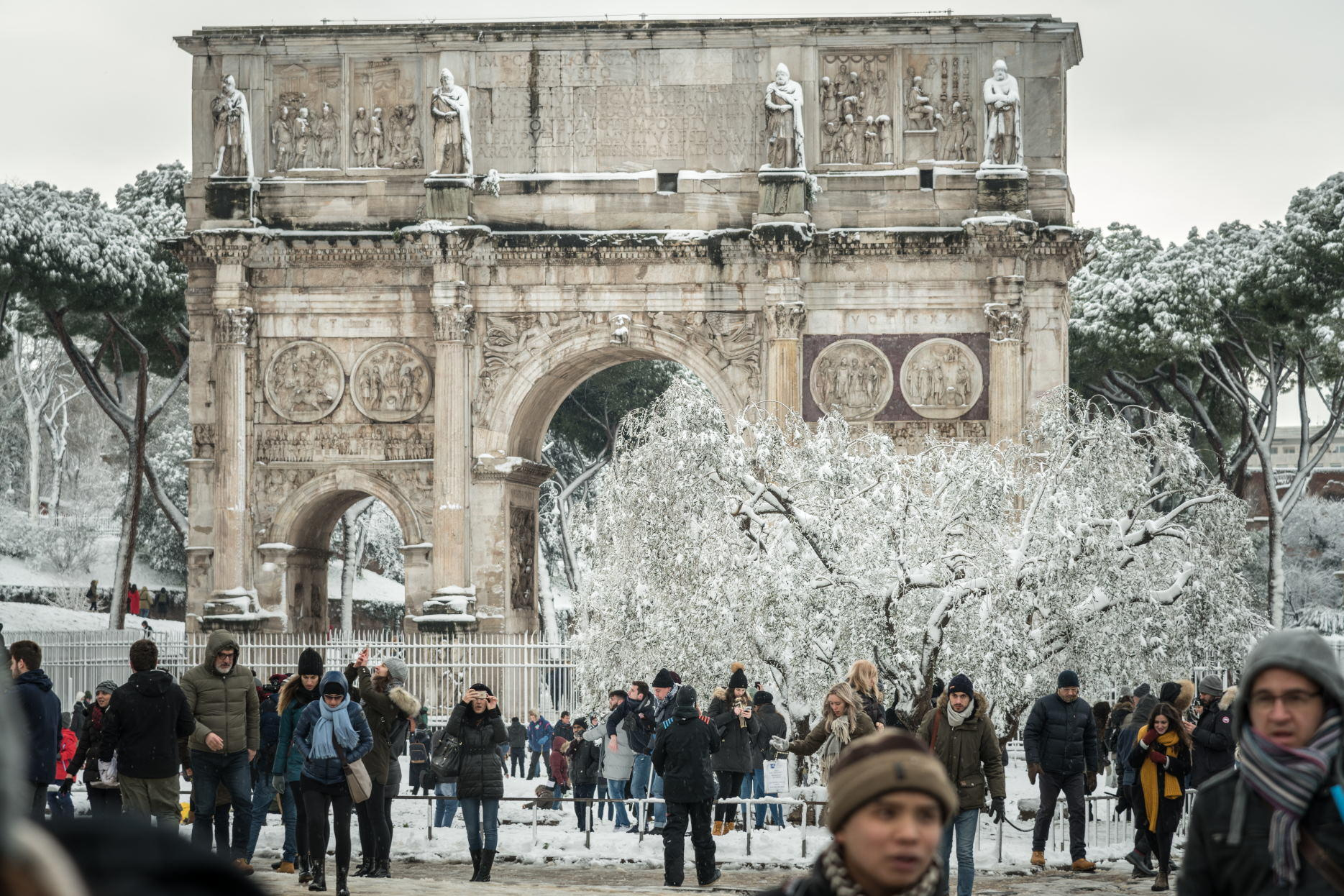 snow at Arch of Constantine