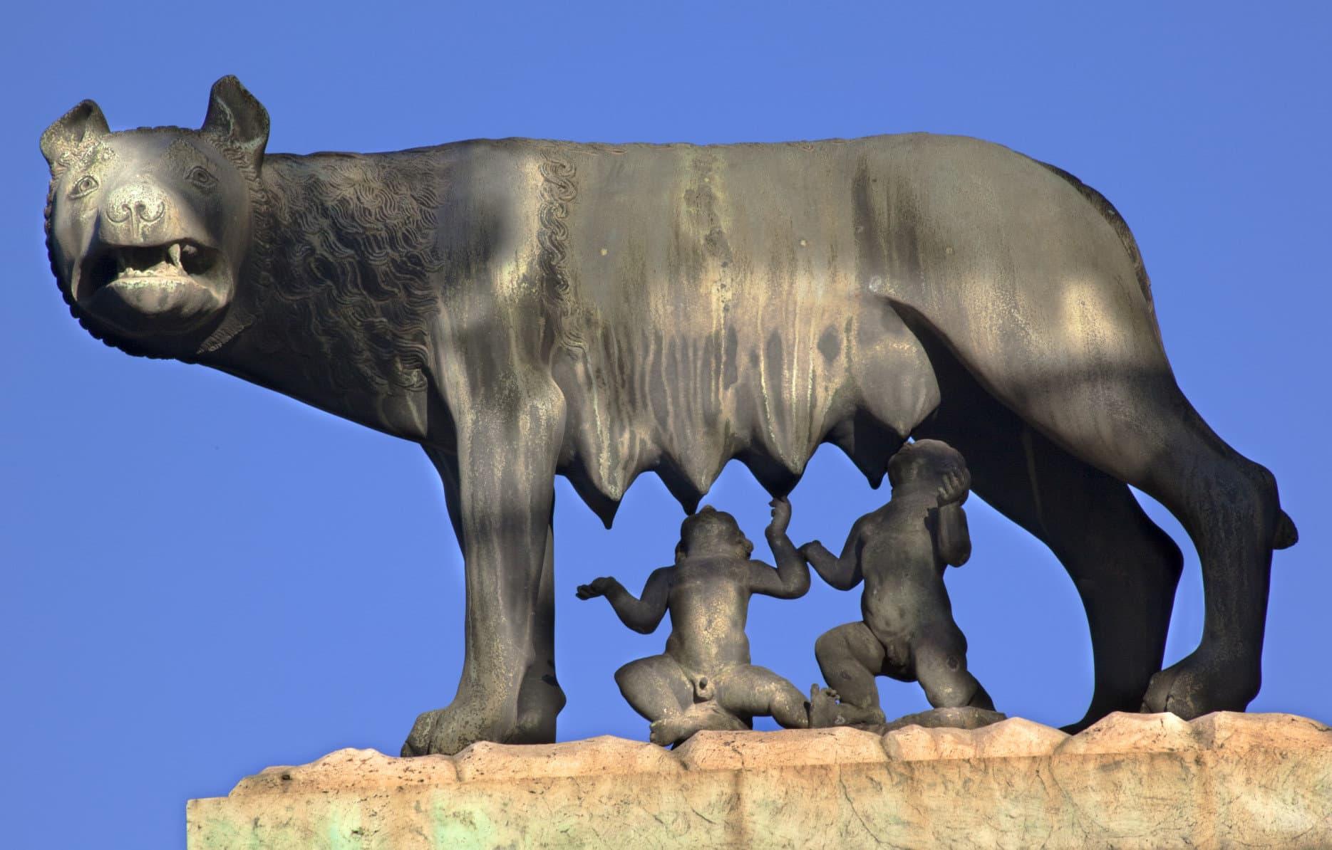 Capitoline Wolf Romulus Remus Statue