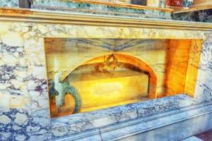 Raphael's grave
