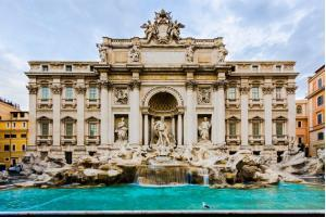Rome in two days : Trevi Fountain