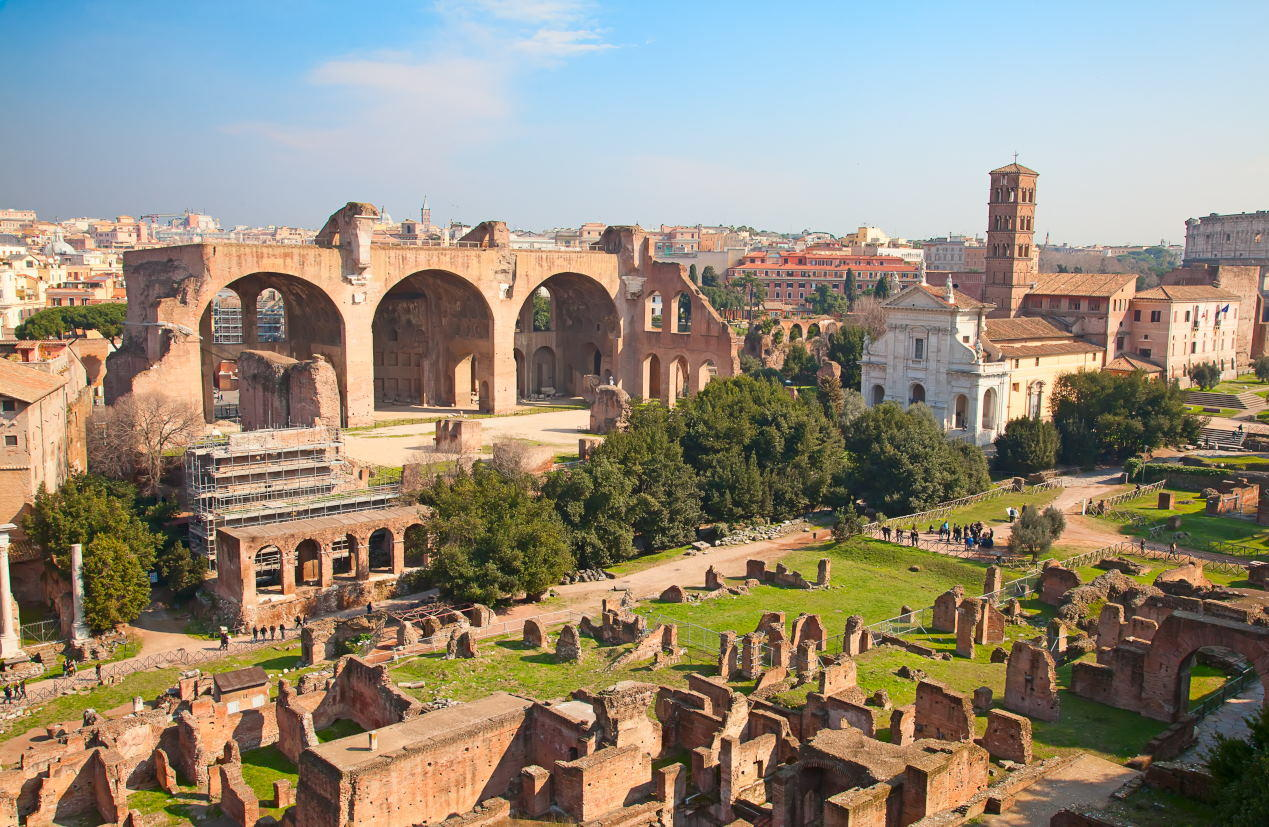 Basilica of Maxentius - Ancient Rome Tours