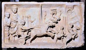 Races in the circus, carving. Musei Vaticani, Rome