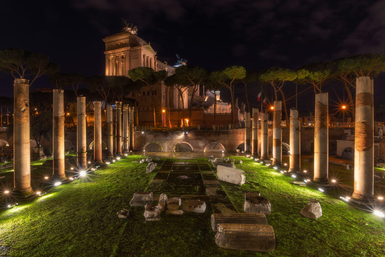 Trajan's Forum at night