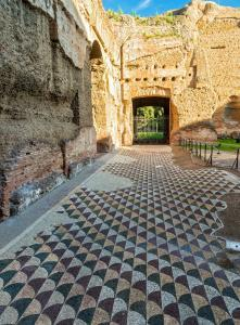 beautiflul ground decoration of Baths of Caracalla.