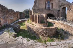 One of the nymphaeums of the Flavian Palace (Domus Flavia.)