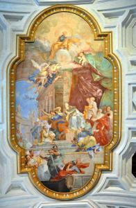 The fresco Miracle of the Chains on the coffered ceiling was painted by Giovanni Battista Parodi in 1706 in San Pietro in Vincoli (St. Peter in Chains) Church.
