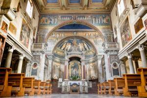 Interior of Basilica di Santa Prassede with Byzantine mosaics from the years 817-824, Rome, Italy