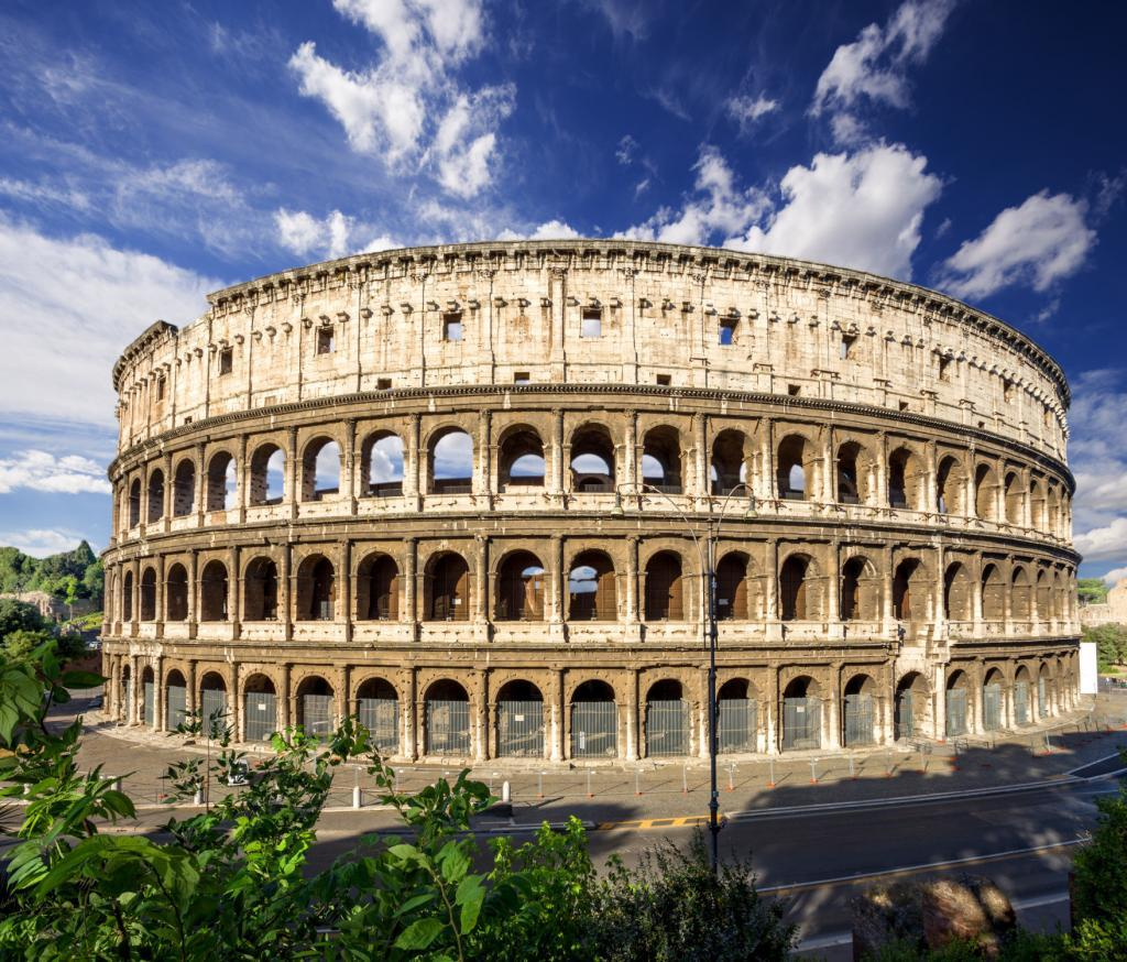 Colosseum Priority Entrance + Arena Floor, Roman Forum and Palatine Hill - Coliseum. Rome. Italy.