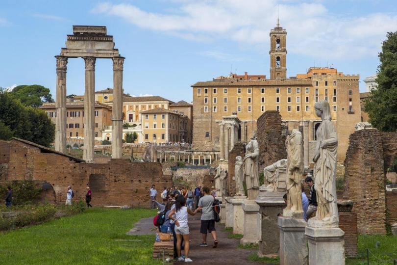 Colosseum & Roman Forum and Palatine Package- Roman Forum - House of the Vestals
