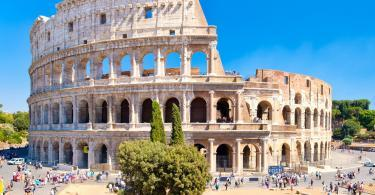 Colosseum and Ancient Rome Walking Tour -The Colosseum, a symbol of antiquity and of the city of Rome