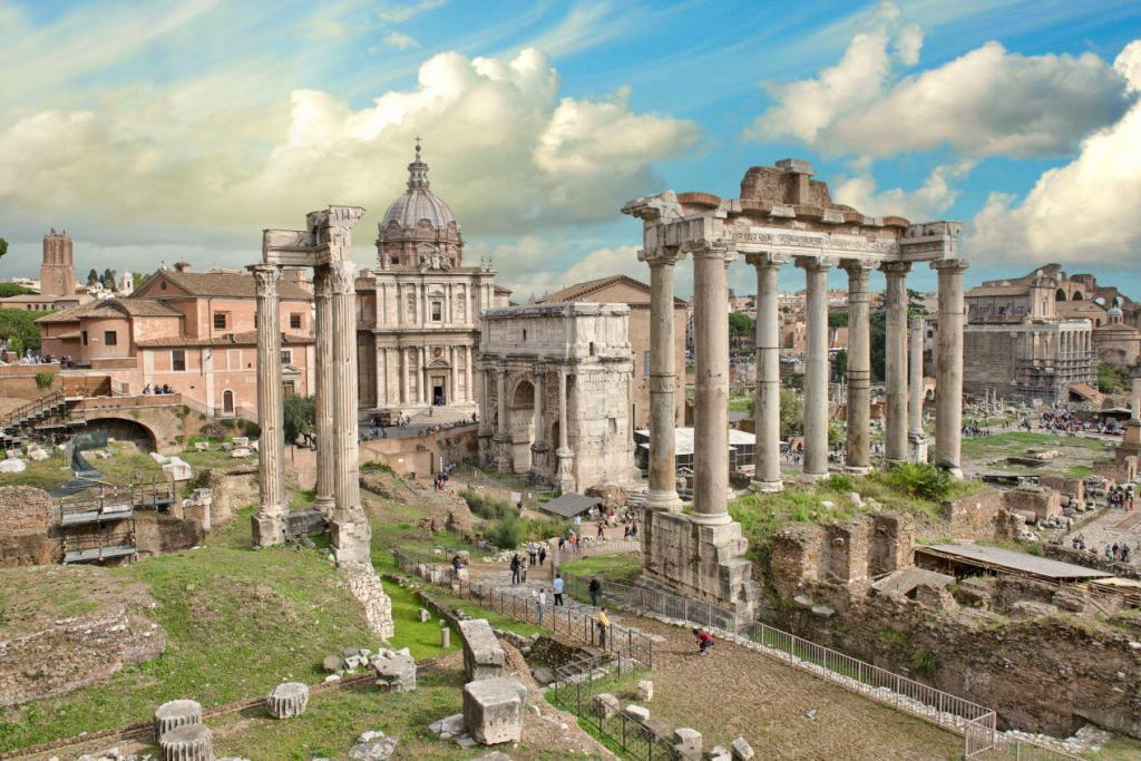 Omnia Card - Vatican & Rome City Pass +Transportation - Beautiful Roman Forum-Temple of Saturn