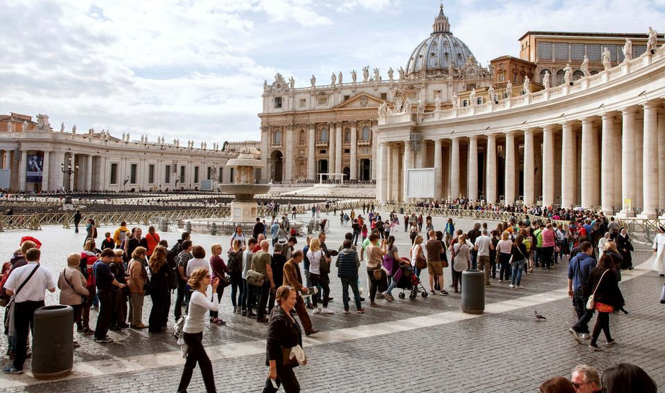 Saint Peter Basilica Self-Guided Tour