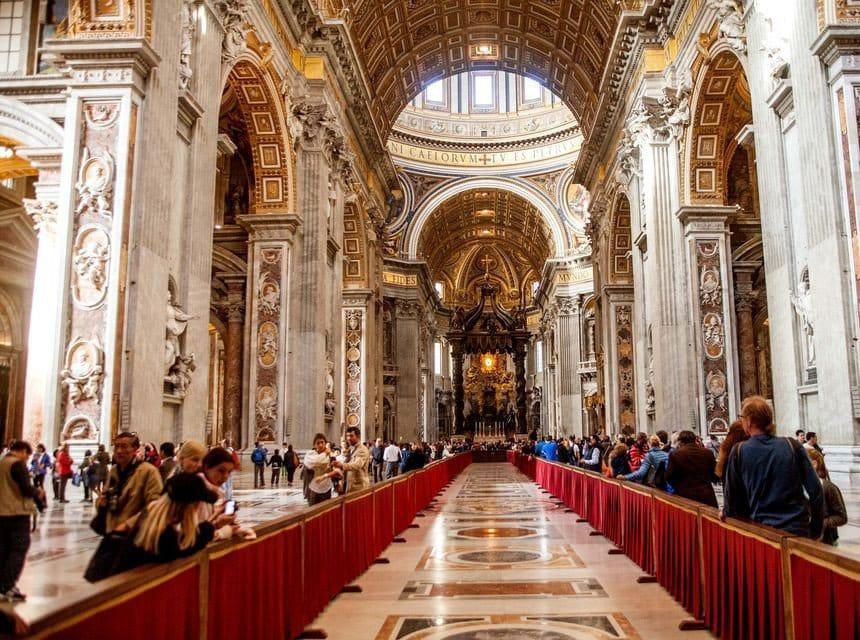 Saint Peter Basilica Self-Guided Tour (4)