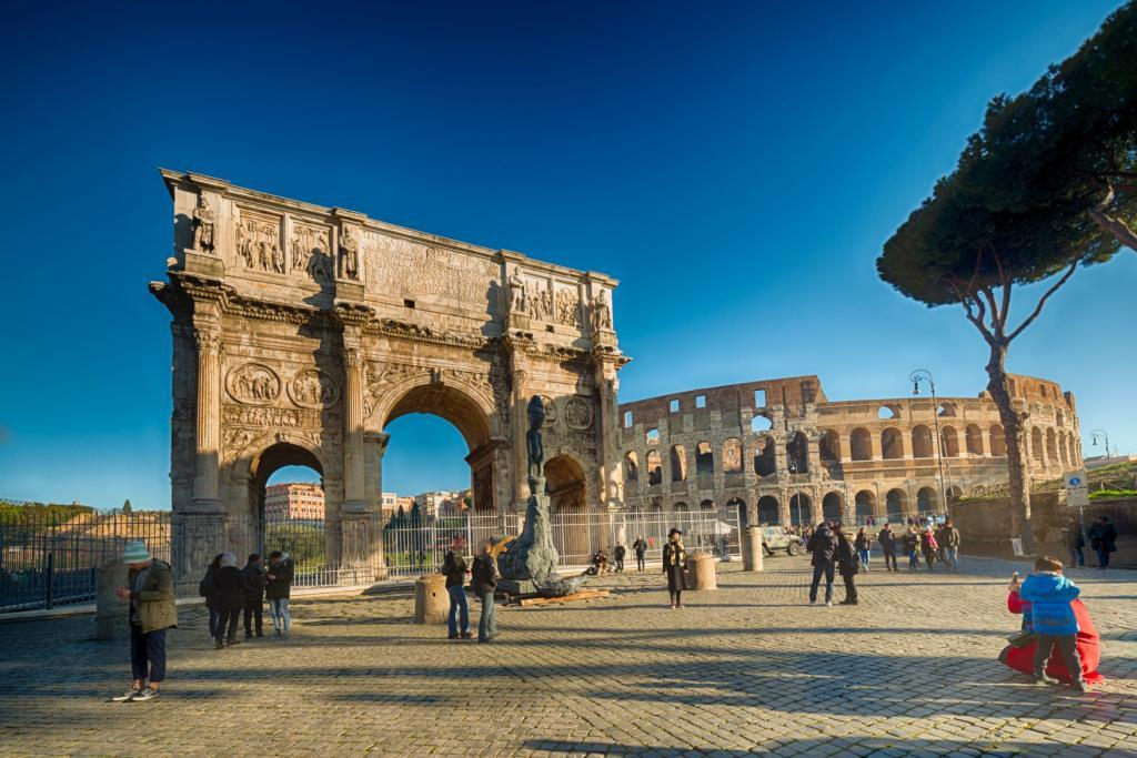 Small Group Colosseum and Roman Forum Guided Tour - Colosseum and the Arch of Constantine in Rome, Italy