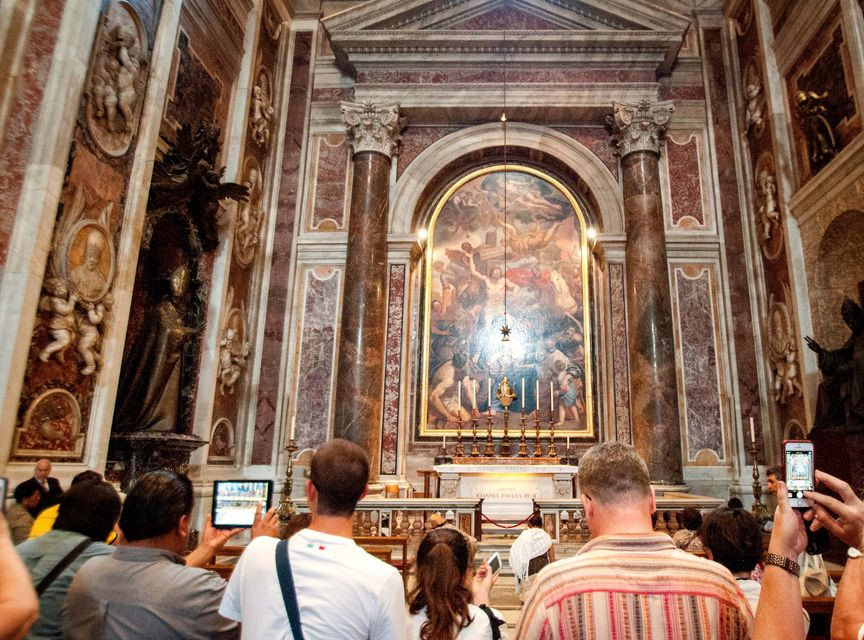 Vatican Museums, Sistine Chapel and Saint Peter's Basilica Guided Tour (6)