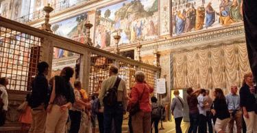 Vatican Museums and Sistine Chapel Fast -Track Entry (2)