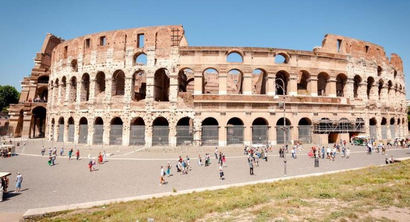Colosseum, Roman Forum and Piazza Navona 3.5 Hour Guided Tour