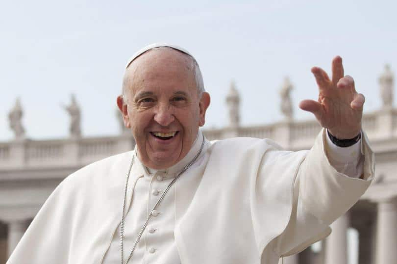 Papal Audience Tickets and Presentation with Guide (5)