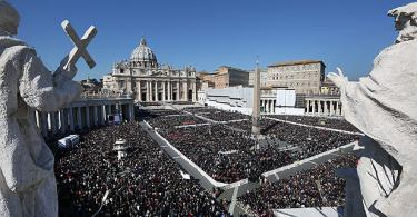 Papal Audience Tickets and Presentation with Guide (7)