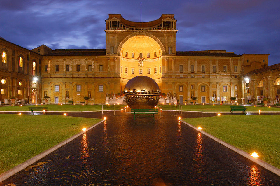 Vatican Museums and Sistine Chapel by Night Guided Tour