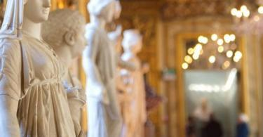 Palazzo Doria Pamphilj Opera Tickets by Night with Traditional Roman Dinner