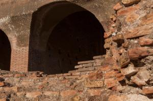 Building Materials of the Colosseum ( Coliseum, Colosseo ,also known as the Flavian Amphitheatre )