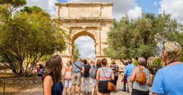 Skip the Line Tour Colosseum, Roman Forum and Palatine Hill