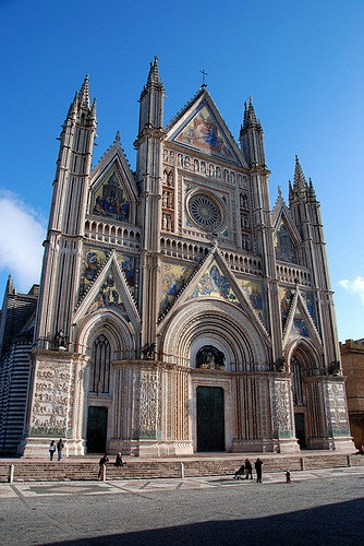 Assisi and Orvieto Day Tour from Rome