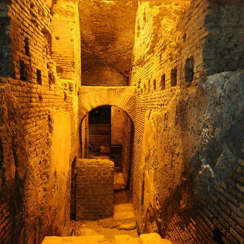 Underground of Rome and Catacombs Guided Tour