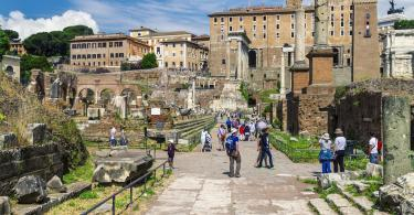 House of Augustus, Colosseum and Roman Forum Guided Tour
