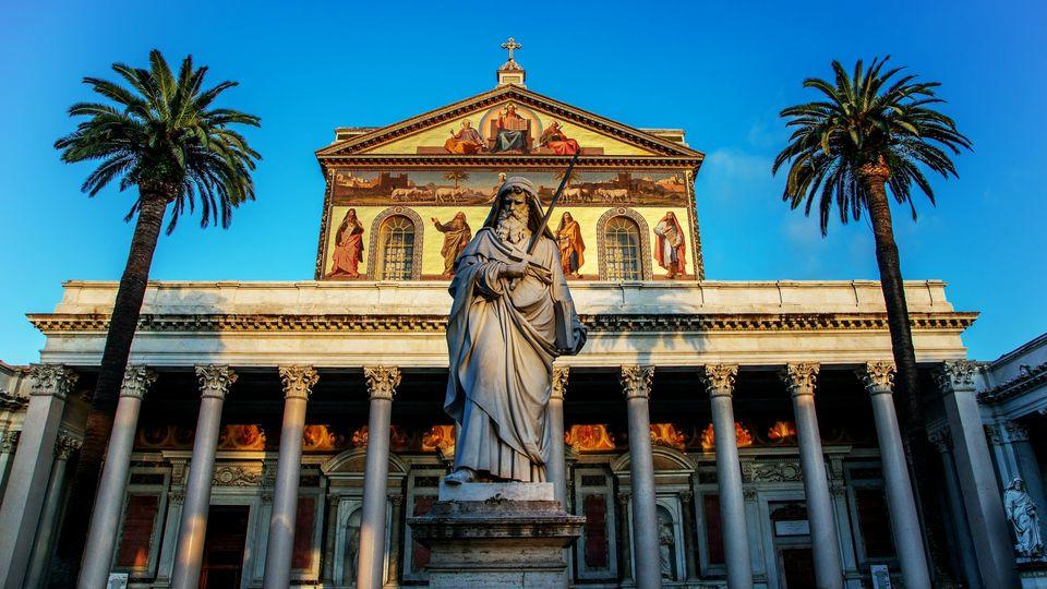 Saints Peter & Paul Tour in Rome